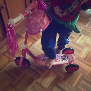 Huffy Minnie Mouse scooter